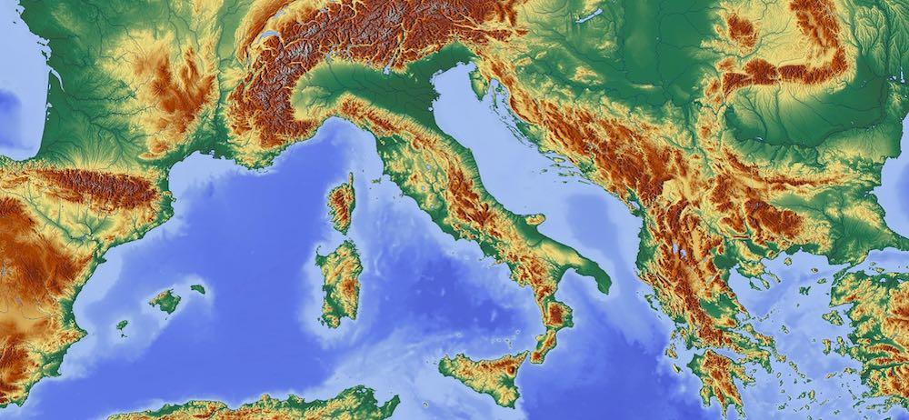 w2p-mercato-italiano-stampa-professionale-articolo-di-approfondimento-sul-web-to-print-Vanina-Basilli-copywriter